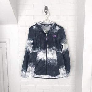 {The North Face} Printed Lightweight Zip Up Jacket